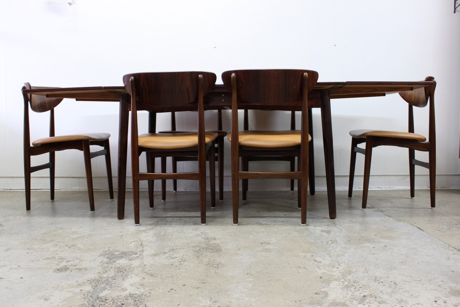 Rosewood Dining Suite