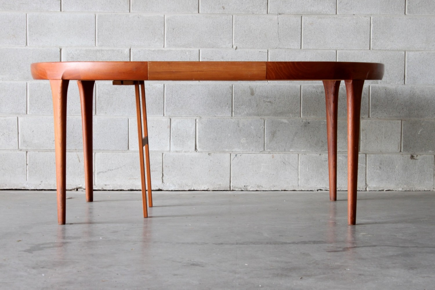 Ib Kofod-Larsen Dining Table