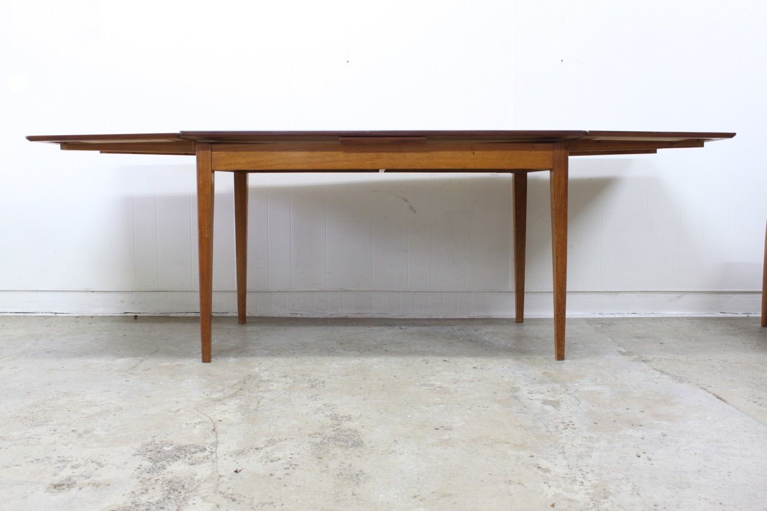 Arne Vodder Dining Suite