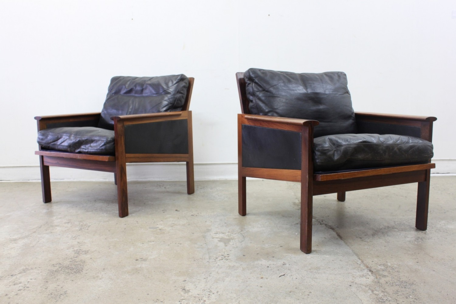 Leather Armchairs by Illum Wikkelso