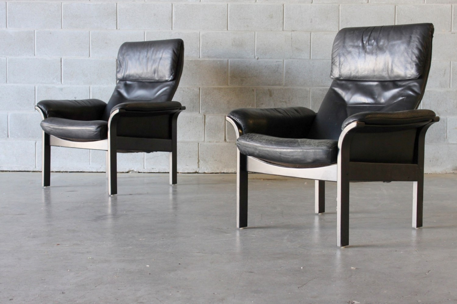 Black Swedish Leather Recliners