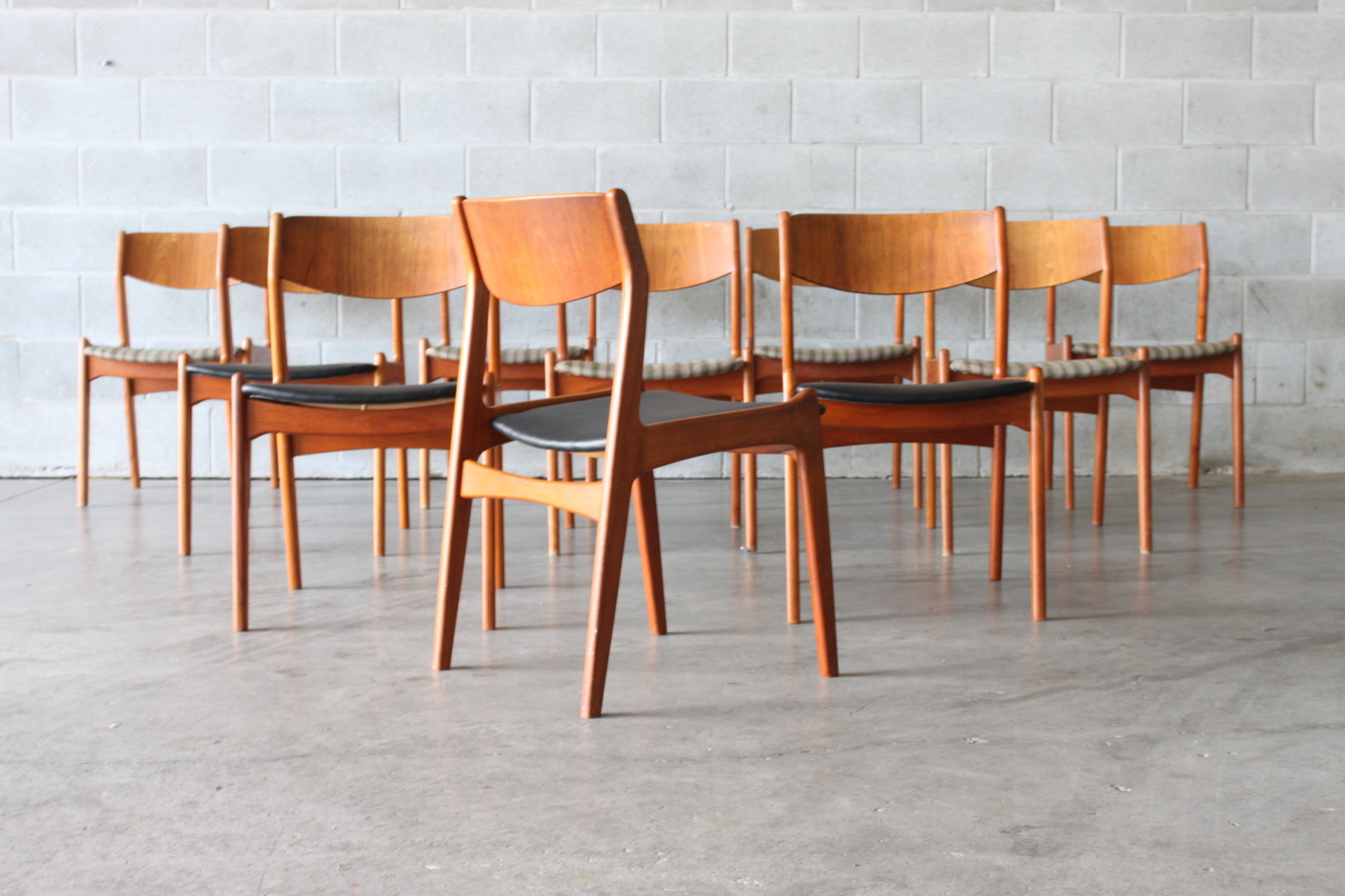 Teak Spade Back Dining Chairs