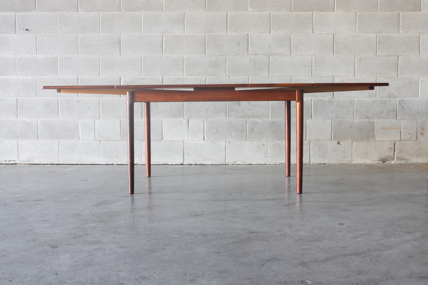 Extendable Dining Table Rosewood