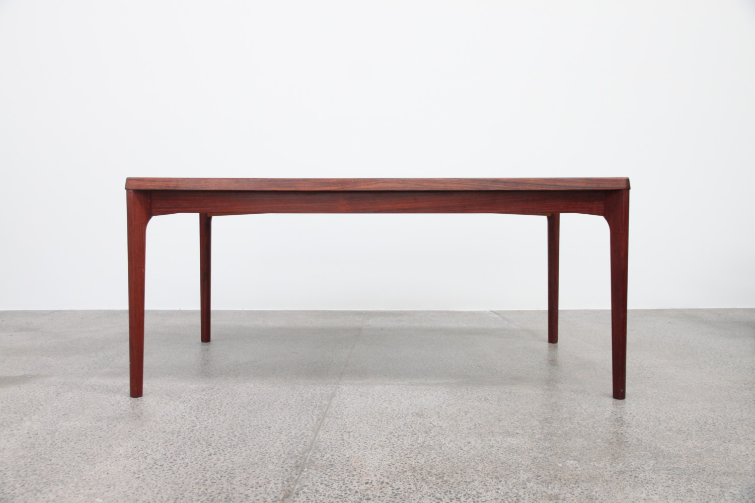 Extendable Rosewood Dining Table Sold