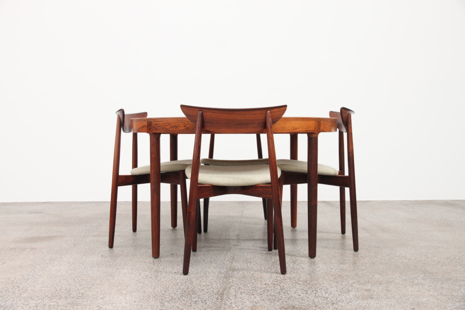 Rosewood Banquet  Table