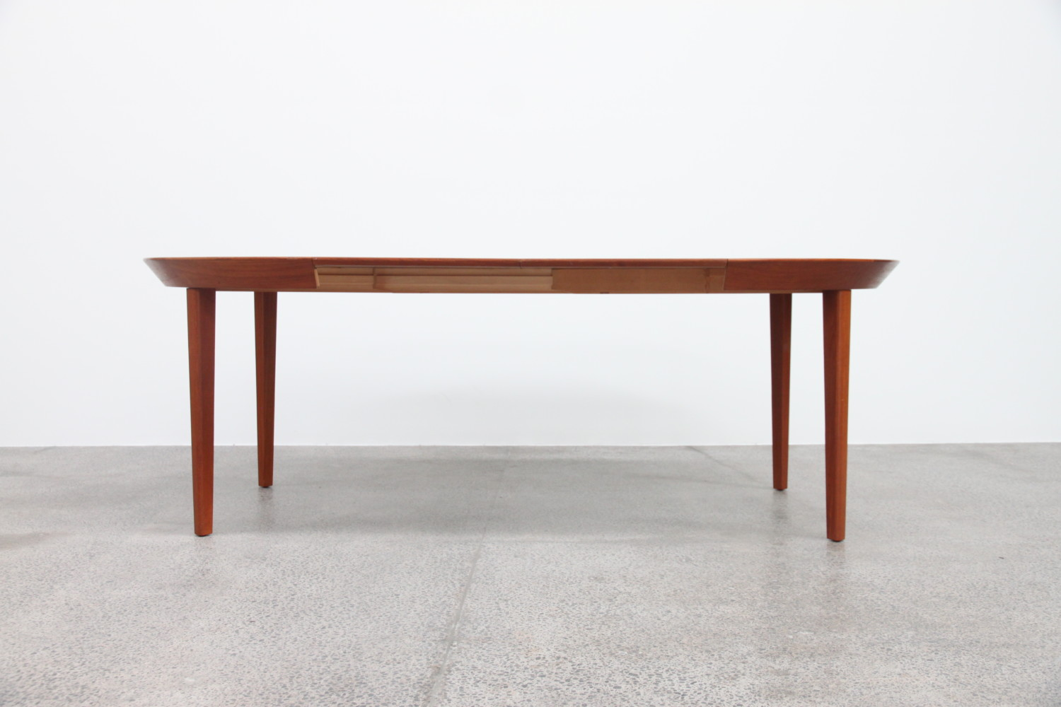 Extendable Table by Ole Hald Model 33