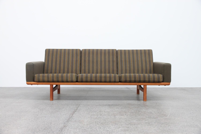 Sofa by Hans Wegner Sold
