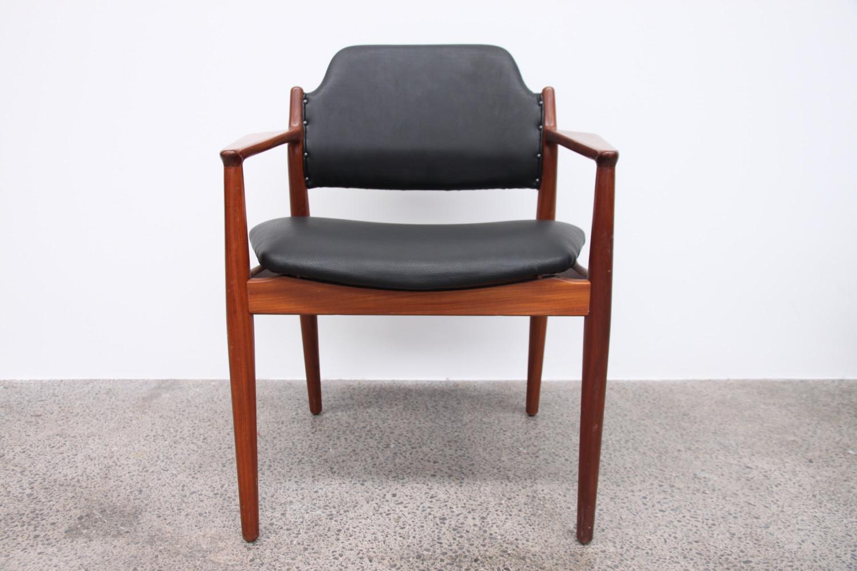 Arne Vodder Carver Dining Chairs