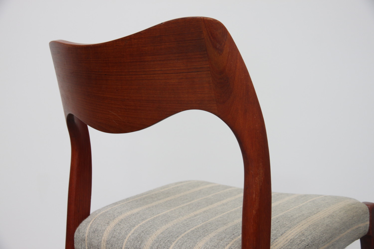Dining chairs by Niels Moller