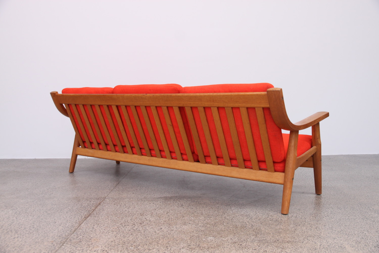 Sofa by Hans Wegner